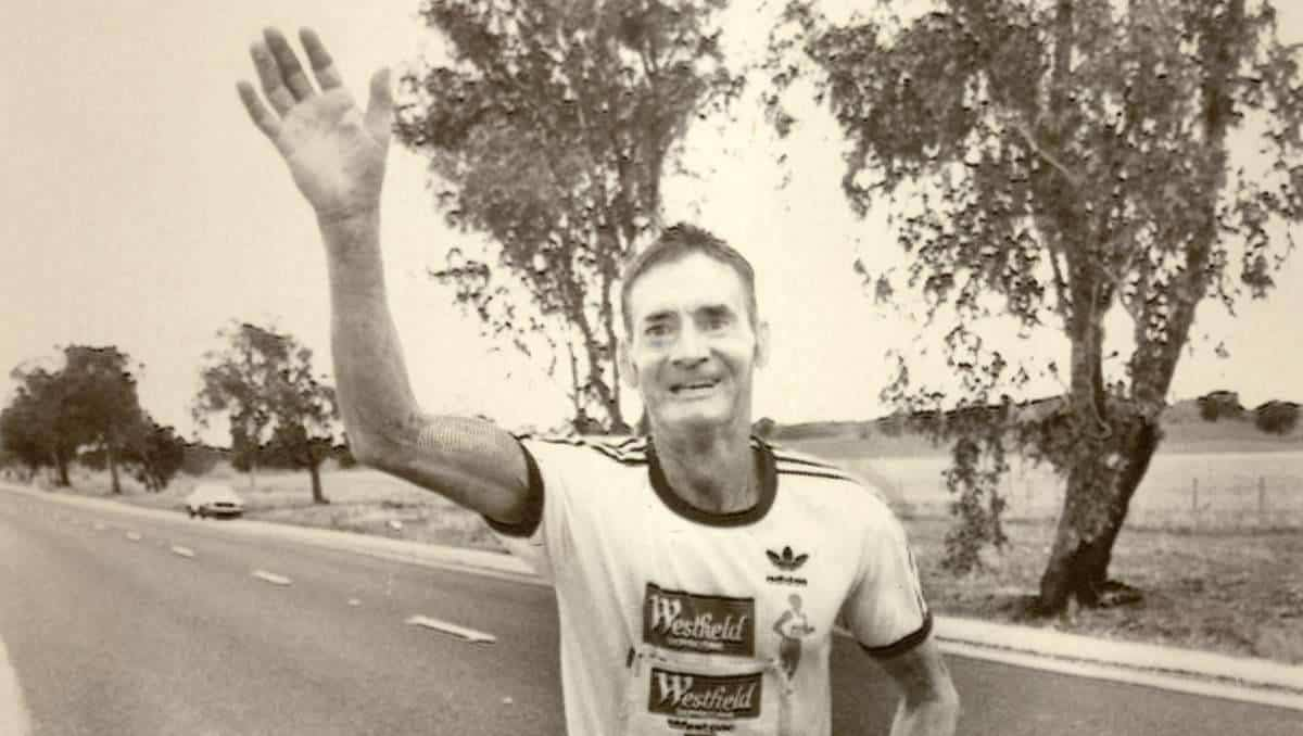 Cliff Young runner